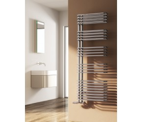 Reina Borgo Chrome Designer Towel Rail 814mm x 500mm