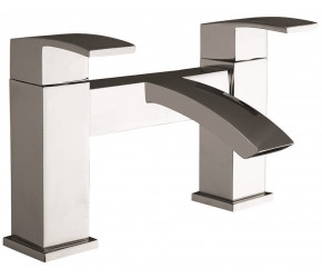 Iona Distro Chrome Bath Filler Tap